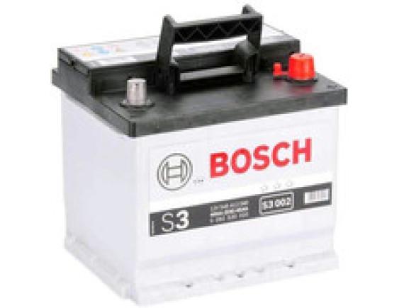 Автомобильный аккумулятор Bosch S3 002 (545412040) 45 А/ч
